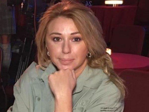 Декольте Алены Свиридовой