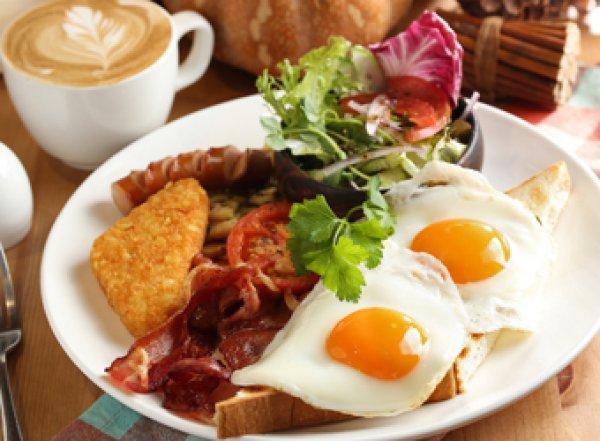 Медики назвали худшее для сердца, что можно сделать утром
