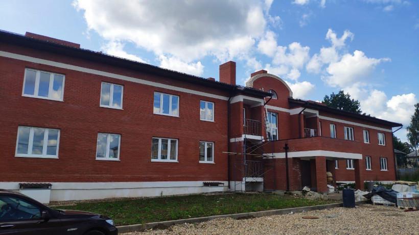Минстрой проверил строительство домов для переселенцев из аварийного жилья в Дмитровском округе