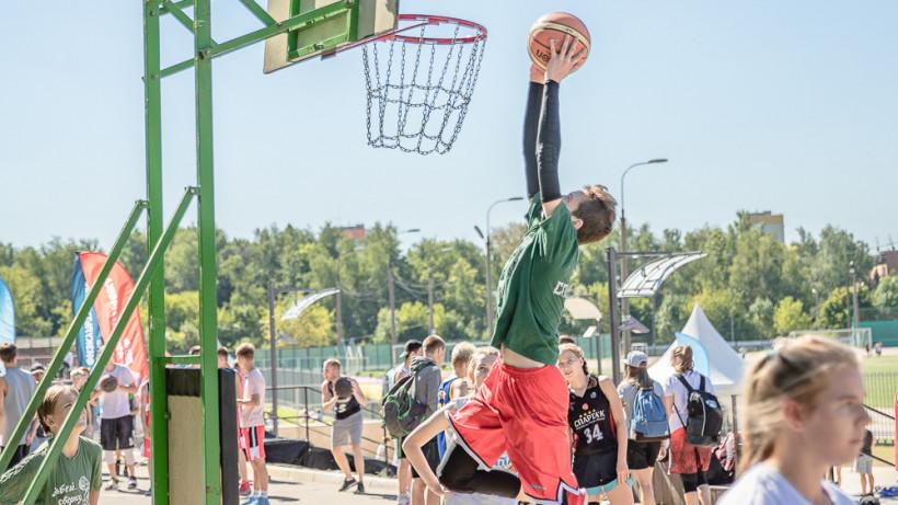 Почти 1,5 тыс. человек примут участие в соревнованиях по уличному баскетболу 10 августа