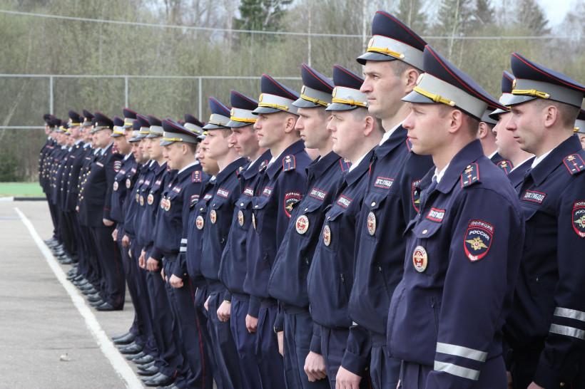 Почти 4 тыс. полицейских обеспечат безопасность в школах Подмосковья в День знаний