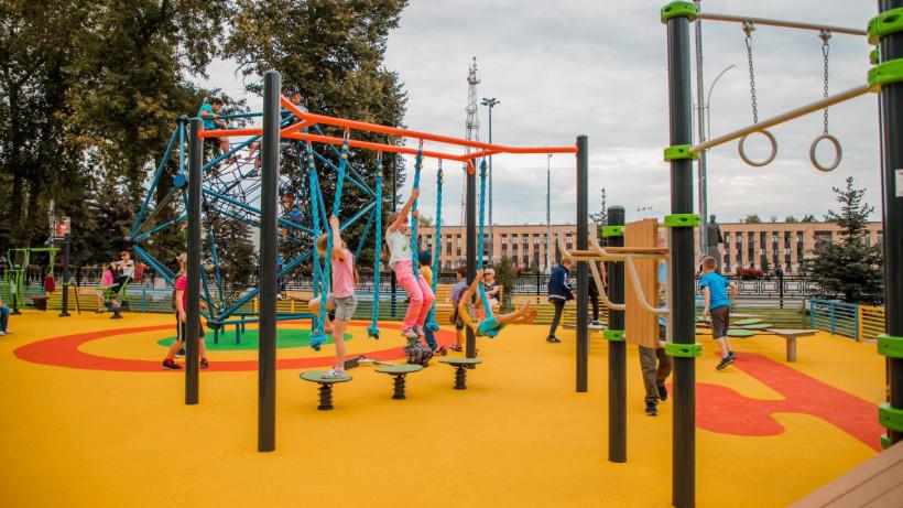 Почти 50 детских площадок установили по губернаторской программе в Подмосковье в 2019 году