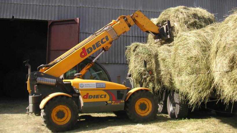 Почти 840 тысяч тонн кормов для животных заготовили к зимнему периоду в Подмосковье