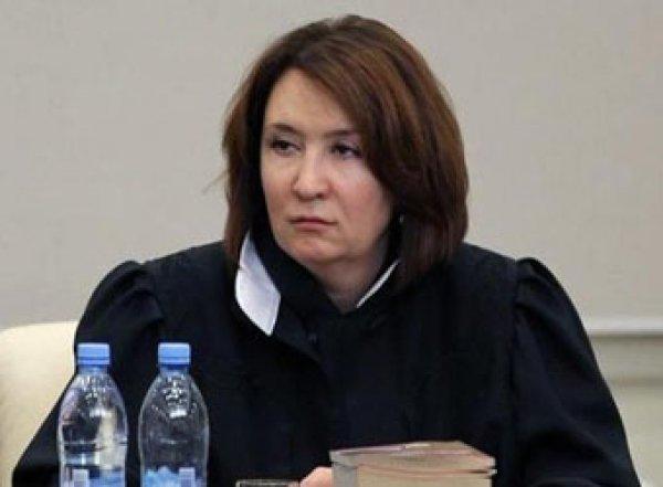 """Скандальную """"золотую"""" судью Хахалеву из Краснодара отстранили от работы"""