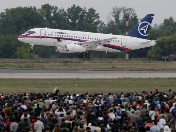 СМИ: единственный зарубежный эксплуатант SSJ-100 хочет продать российские самолеты