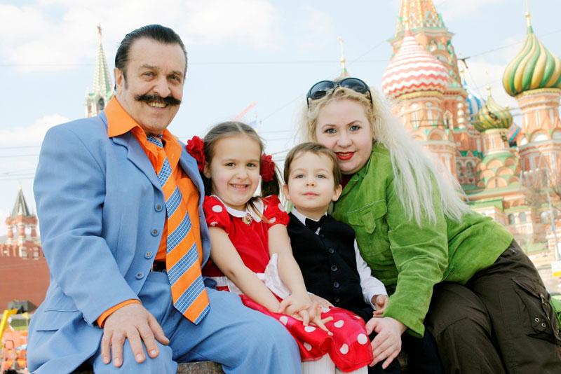СМИ узнали, кто получит многомиллионное наследство Вилли Токарева