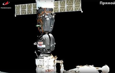 Союз с роботом на борту со второй попытки пристыковался к МКС