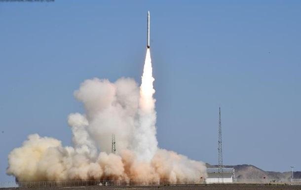В Китае запустили новую коммерческую ракету