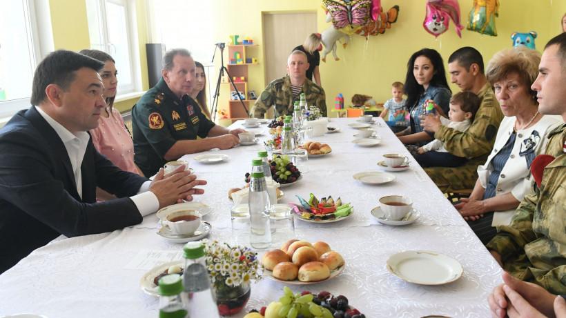 Воробьев и Золотов проверили готовность к открытию нового детского сада в Пушкинском округе
