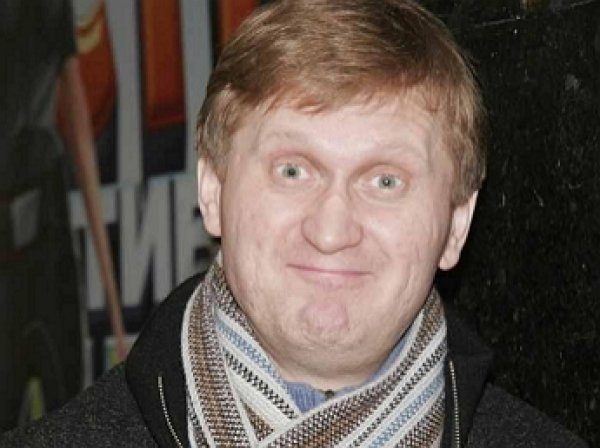 «Четыре в одном»: Рожков из «Уральских пельменей» установил личный антирекорд во время концерта