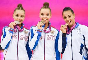 Дина Аверина – чемпионка мира по художественной гимнастике в многоборье, Арина Аверина – серебряный призёр