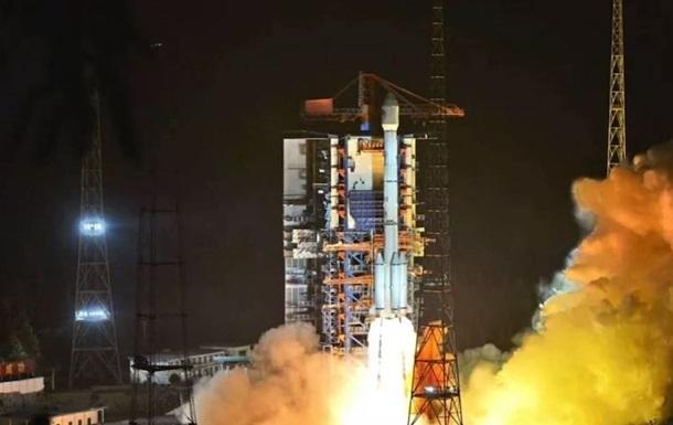 Китай доставил на орбиту два спутника