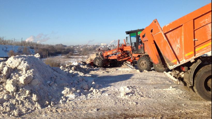 Ответственность за незаконные снегосвалки ужесточат в Подмосковье