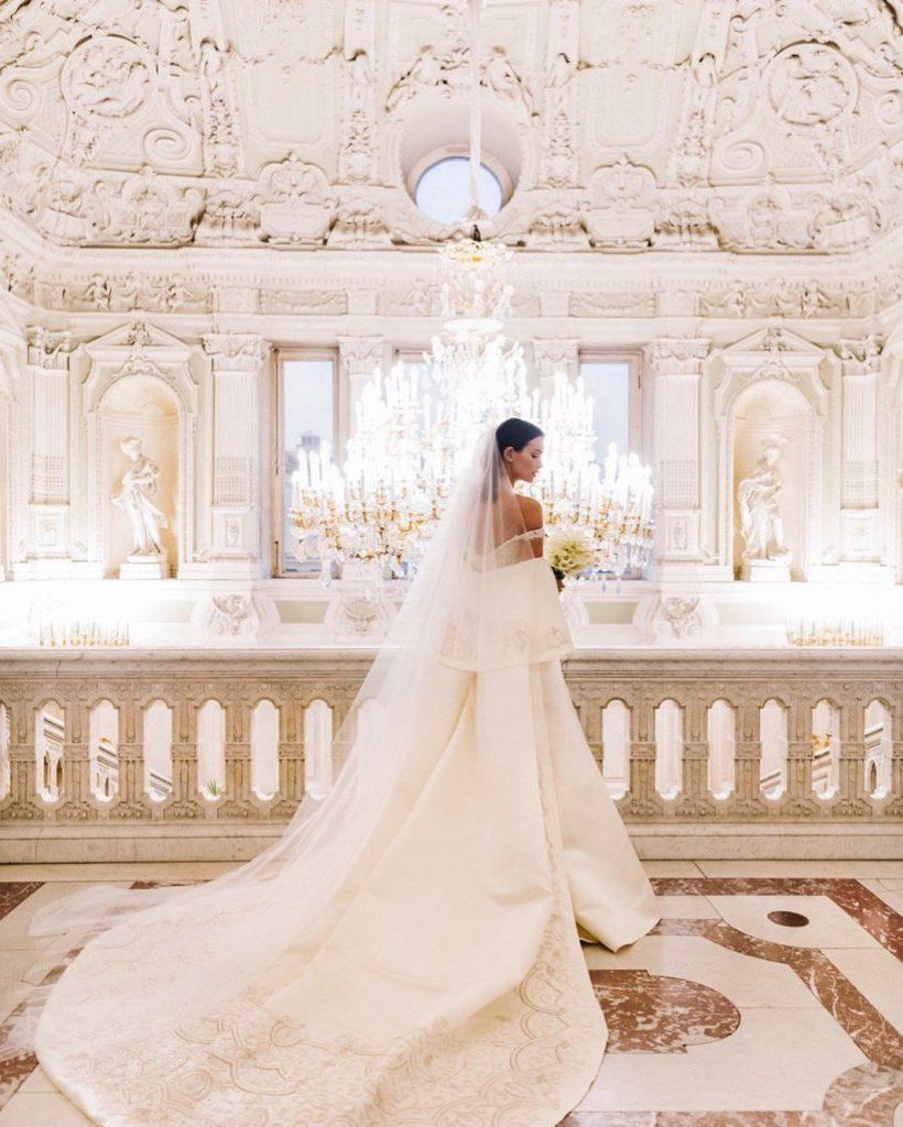 Первые фото и видео со свадьбы Паулины Андреевой и Федора Бондарчука появились в Сети