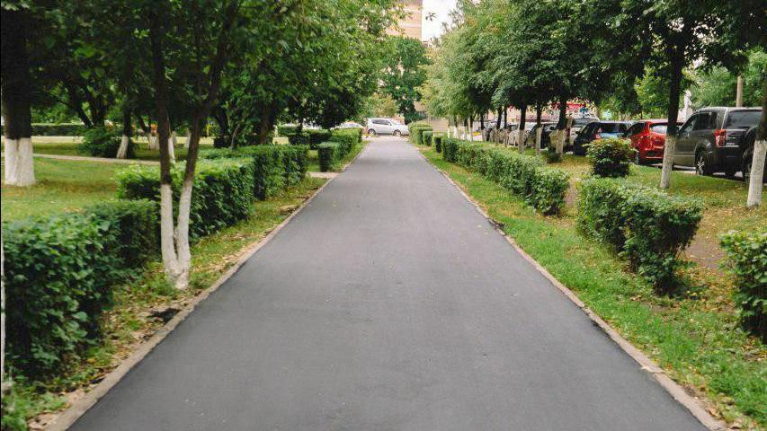 Почти 80% тротуаров от общего плана отремонтировали в Подмосковье в 2019 году