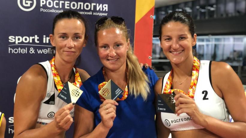 Подмосковные пляжные волейболистки завоевали бронзу кубка России