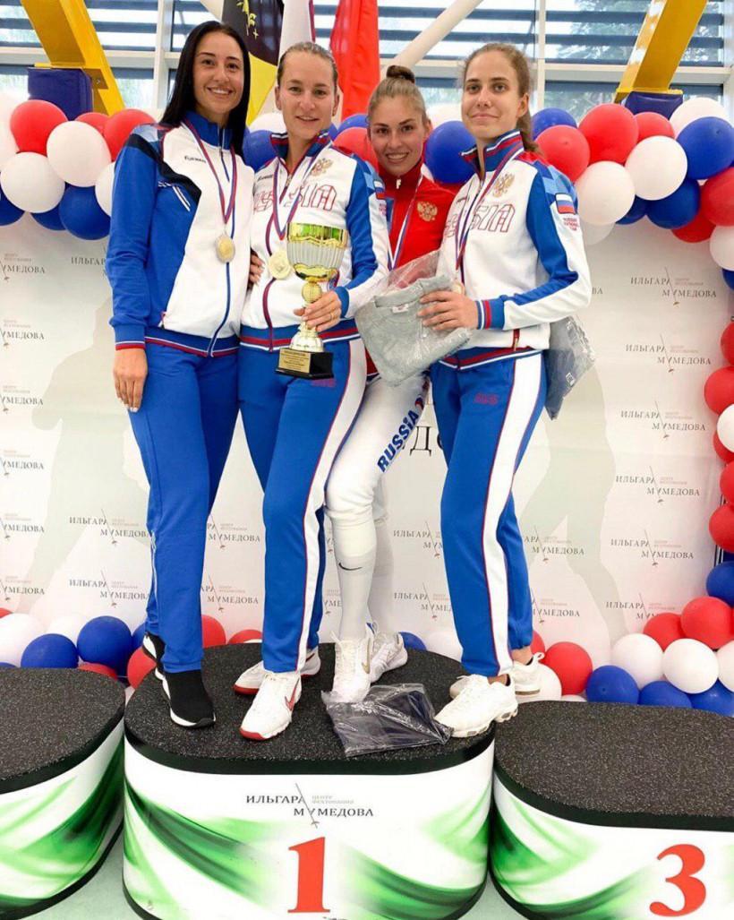 Саблистка Яна Егорян стала второй на всероссийских соревнованиях