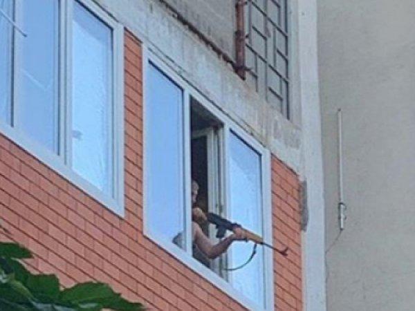 """В КБР мужчина обстрелял киношников из винтовки из-за """"фильма про проституток"""""""