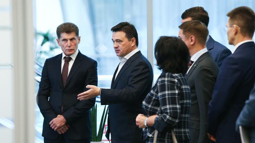 Андрей Воробьев представил ЦУР губернатору Приморского края Олегу Кожемяко