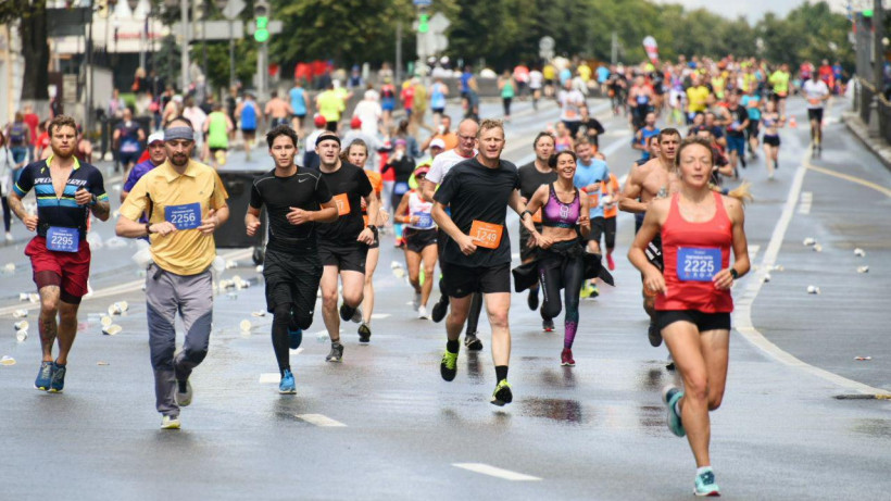 Более 2 тысяч человек вышли на старт Серпуховского марафона
