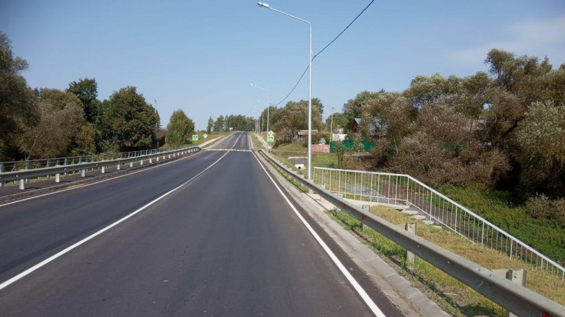 Более 600 км дорог обработали и очистили в Московской области