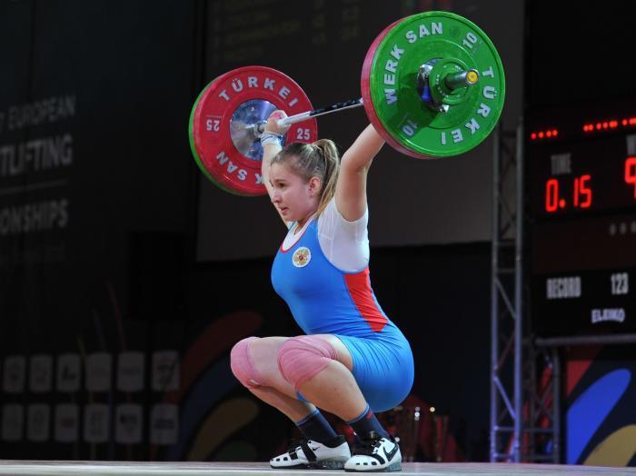 Дарья Рязанова завоевала золото первенства Европы по тяжелой атлетике