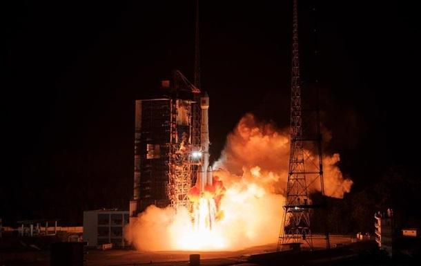 Китай вывел на орбиту экспериментальный спутник