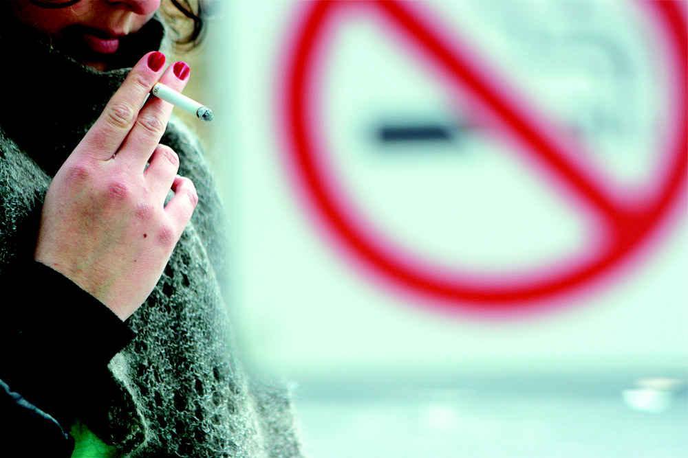запреты на курение ужесточаются