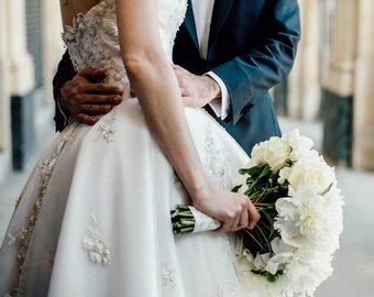 Молодожены прославились в интернете, поменявшись ролями на свадьбе