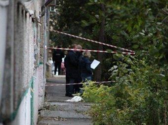Мужчина с двумя детьми выпал из окна многоэтажки в Саратове после ссоры с женой