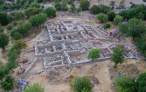 На Крите в минойском дворце нашли сокровищницу