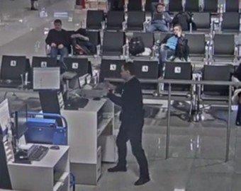 Опоздавший пассажир устроил погром в аэропорту