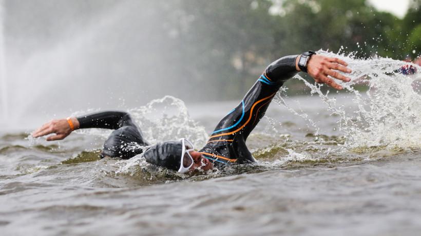 Подмосковный спортсмен завоевал бронзу на международных соревнованиях по плаванию