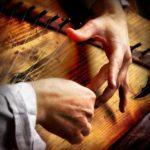 Правительство РФ внесло в Госдуму законопроект Минкультуры, упрощающий временный вывоз за границу уникальных музыкальных инструментов