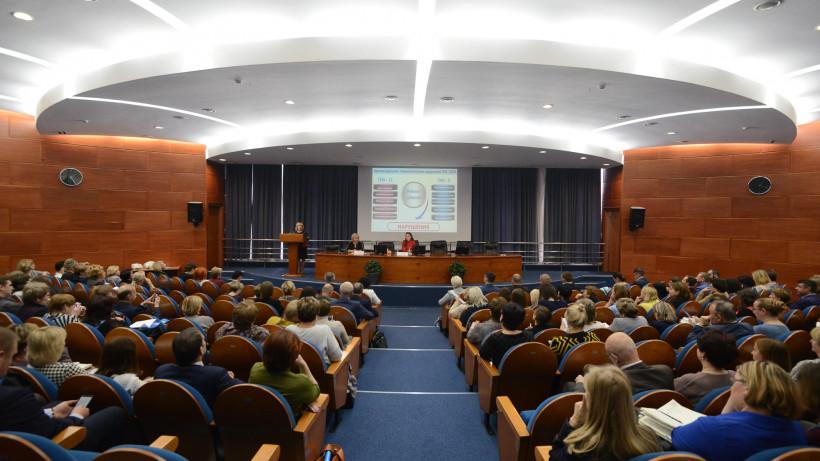 Проведение итоговой аттестации школьников обсудили в Подмосковье