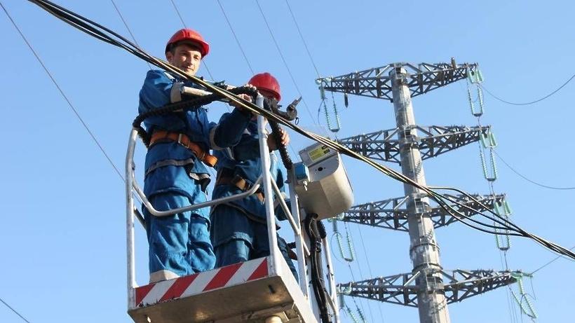 Энергетики ремонтируют ЛЭП