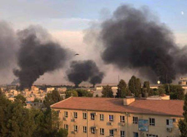 Турция массированно бомбит Сирию: есть жертвы
