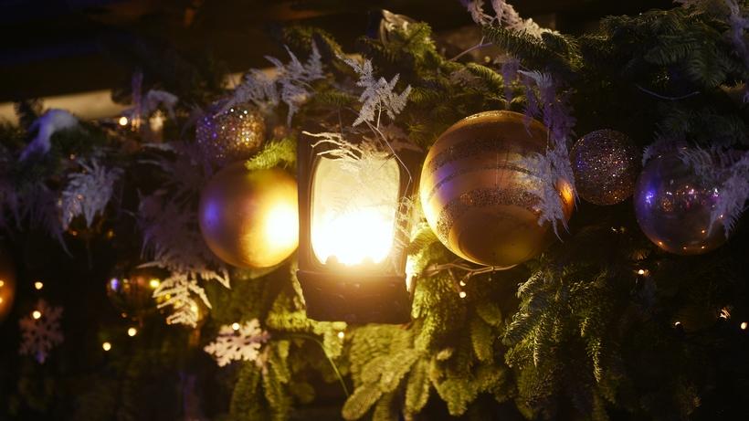 Афиша Подмосковья на декабрь: парад Дедов Морозов и Рождественские встречи