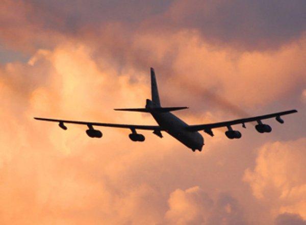 """Американские B-52 """"атаковали"""" базу российских подлодок"""