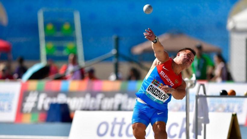 Денис Гнездилов стал чемпионом мира среди параатлетов в толкании ядра