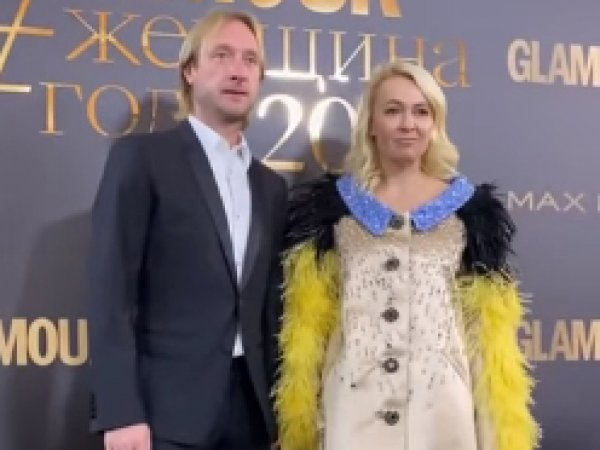 """Его от тебя тошнит"": Миро объяснила кризис в отношениях Плющенко и Рудковской, изучив видео"
