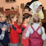 Игровая программа «Сказки из бабушкиного сундучка»