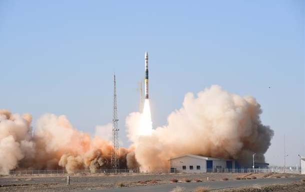 Китай запустил спутник для зондирования Земли