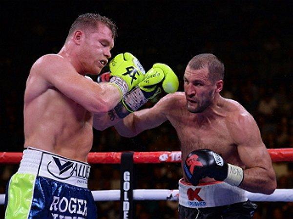 Ковалев проиграл нокаутом Альваресу и лишился пояса чемпиона мира WBO