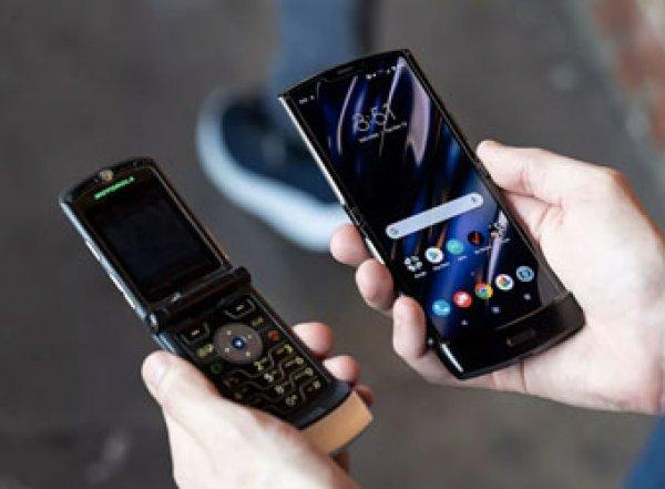 Motorola показала раскладушку RAZR с гибким дисплеем за $1 500 (ВИДЕО)