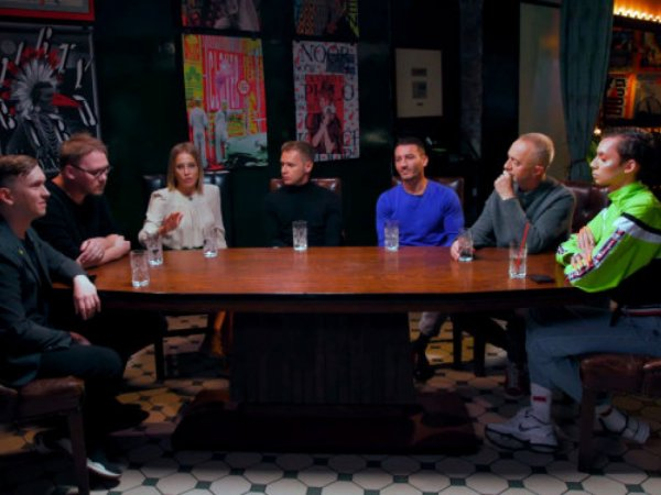 """""""Мы же не спрашиваем, как ты с Богомоловым?"""": Собчак разнесли в Сети за """"круглый стол"""" с геями"""