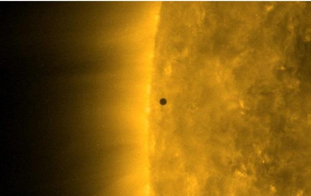 NASA сняло на видео транзит Меркурия перед Солнцем
