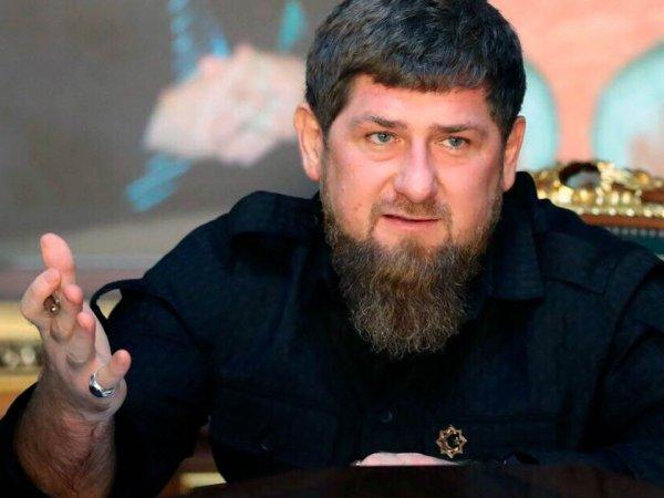 """Носители чеченского языка перевели слова Кадырова с призывом """"убивать"""" за оскорбления в Сети"""