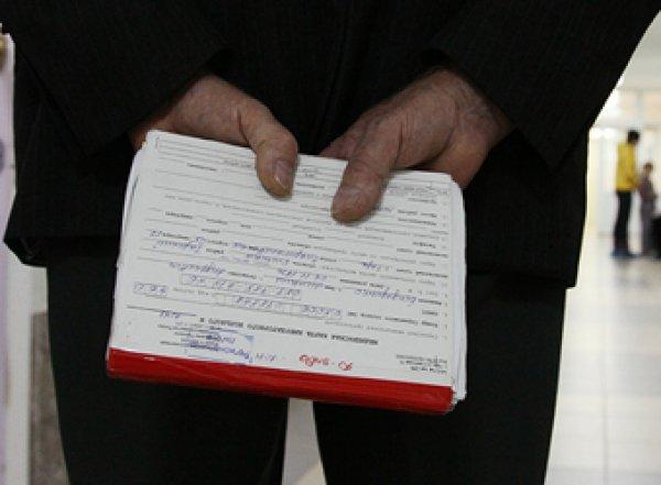 Новые правила медсправок для водителей привело к огромным очередям в России