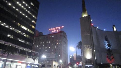 Впрочем, современную молодёжь привлекают в отель вовсе не рассказы о призраках прошлого, а очень модный ночной клуб «Тэдди», который был открыт на первом этаже «Голливуд Рузвельт» после реконструкции в 2005 году.